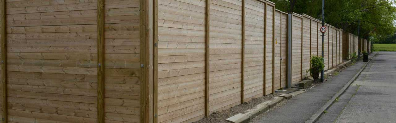 Timber acoustic barrier fencing